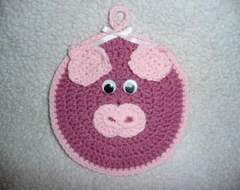 PIggy hot pad crochet pot holder.  ---- so cute -----
