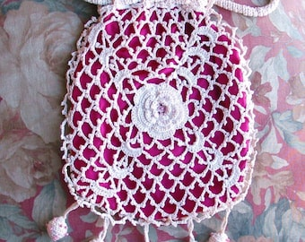 Mesh and Beaded Bags and Purses - Collector Information