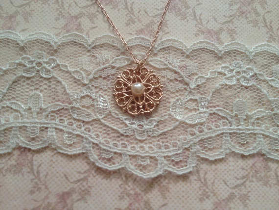sweet small  flower necklace