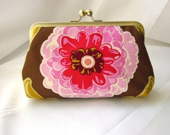 Rose - Lovely pink clutch lined with dupioni silk