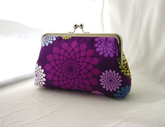 Vivian - stunning clutch lined in dupioni silk
