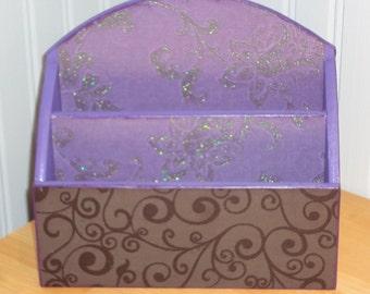 Elegant Black and Purple Mail Organizer