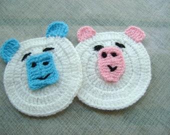 2 CROCHET PIGS...
