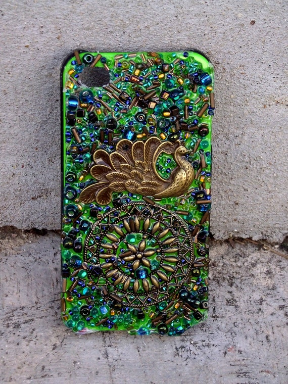 "Handmade Beaded ""Envy My Peacock"" Blue & Green Peacock iPhone4 Cover"