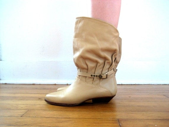 Vintage Boots - 80s Slouch Ankle Boots in Fawn Size 6