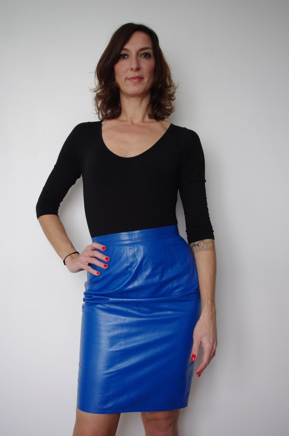 vintage 1980s ungaro electric blue leather lined skirt that
