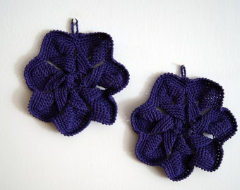 Crocheted Pot Holder vintage style