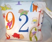 Wet Bag, Diaper Keeper, Swimsuit bag - Water Resistant Lining with Zipper Openning - Onesies