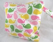 Wet Bag, Diaper Keeper, Swimsuit bag - Water Resistant Lining with Zipper Openning - Urban Zoologie Whales Pink/Green/White