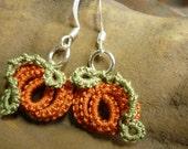 Little Pumpkin tatted lace earrings