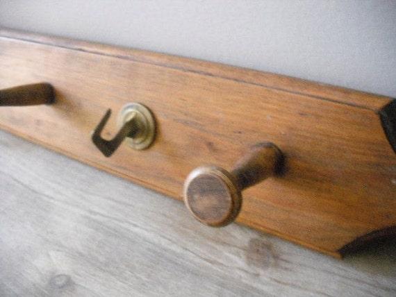 vintage rustic  Farm House PEG Hook rack