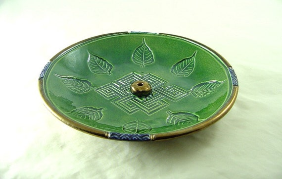 Endless Knot-Bodhi Leaf Incense Burner Handmade Ceramic Pottery