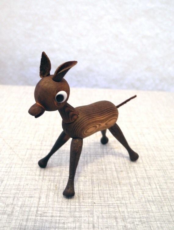 Boxed 50s /60s wooden DEER with UNIQUE wood grain pattern from Japan