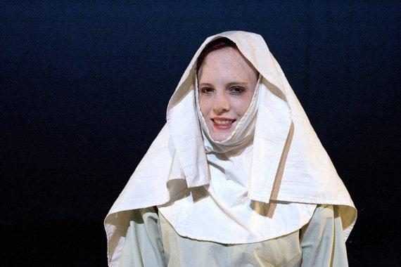 Medieval Crushed Velvet Dress Set - Wig Veil & Dress