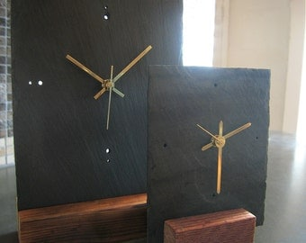 TABLETOP SLATE CLOCK Medium Black Salvaged Slate & Reclaimed Wood—Fathers Day Graduation Housewarming Wedding—Horloge Ardoise/Reloj Pizarra