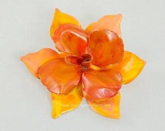 Vintage Unsigned Shades of Orange Enamel Flower Brooch