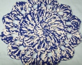 Emo Blue and White Rug Yarn Hot Pad