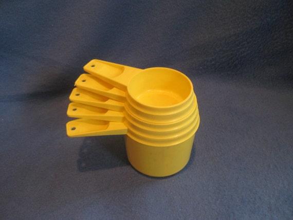 Vintage, Yellow Tupperware Measuring Cups