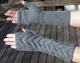 Bella Swan Fingerless Cabled Mittens fromTwilight