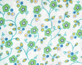 vintage cotton quilt fabric,  green craft fabric, floral print fabric, Peter Pan, 3 yards