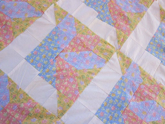 RESERVED for LIZ PASTEL quilt top  floral Indian Puzzle 1980s