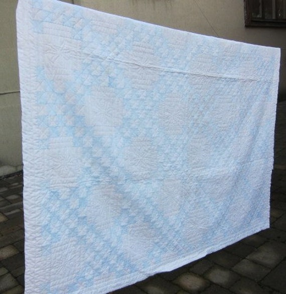 Blue white vintage quilt 40s 50s Irish Chain