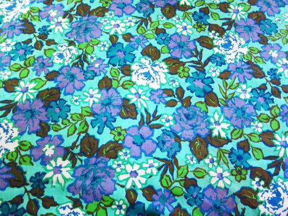 Vintage cotton bedspread 1970s flower power full