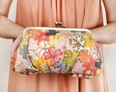 LAST ONE - Multi-floral Lili clutch