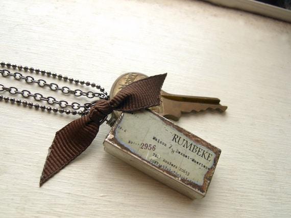 Keepsake Box Necklace with Key and Ribbon - Last One Left - - Best Kept Secret.