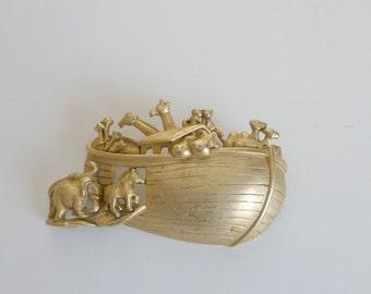 Vintage Noahs Ark Pin Brooch