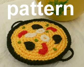 crocheted food - paella pattern in English, and Spanish with diagrams - crochet toys