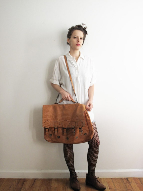 Leather briefcase bag. XL