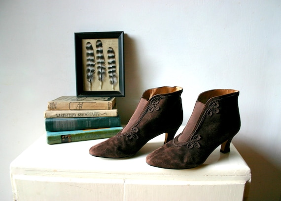 Edwardian Brown Suede Boots