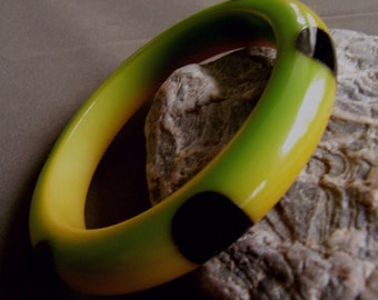 Rare Injected 6 Dot True Bakelite Bangle Bracelet Authentic Injection Molded Genuine OOAK 20s Bakelite Bangle FavoriteCollectibles Exclusive