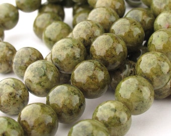 12pcs of 10.5mm Absinth Fossil Round Beads