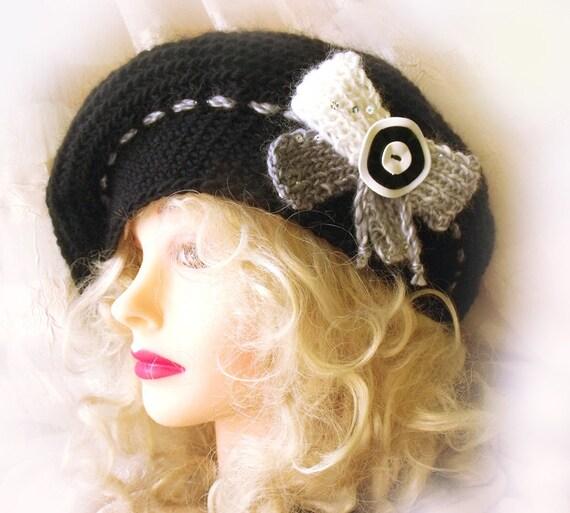 Slouch hat. Beret. Crochet hat. Renaissance beret. Black wool. Steampunk goth. Gift for her