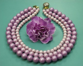 Lovely vintage 1950s unused 3-stranded necklacve choker in 3 colors of mate purple lilac faux mop plastic beads