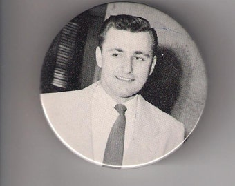 VINTAGE PHOTO OF MAN IN SUIT, PINBACK BUTTON 2 1\/4 INCH