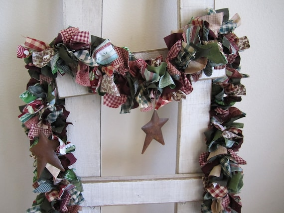 Christmas Garland with Rustic  Stars,Holiday garland,Holiday wall hanging,fabric swag garland,Christmas decoration,rustic star garland