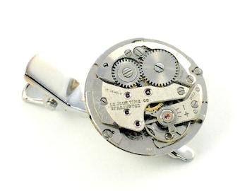 Steampunk  Vintage Watch Pin/Clip