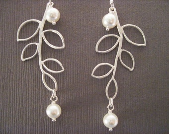 Bridesmaid Jewelry Addison Pearl and Leaf Wedding Earrings