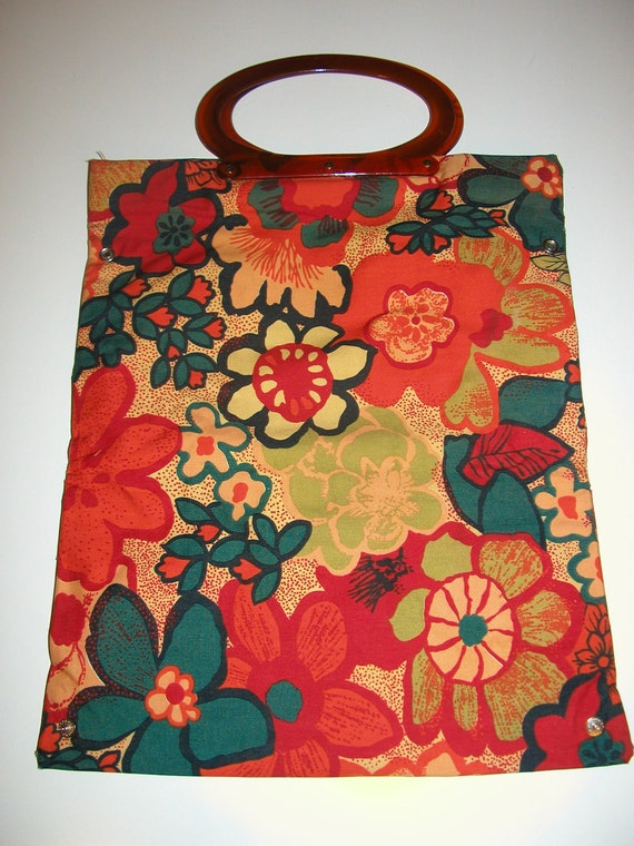 CLEARANCE 60s Mod Floral Tote Umbrella Bag and Change Purse