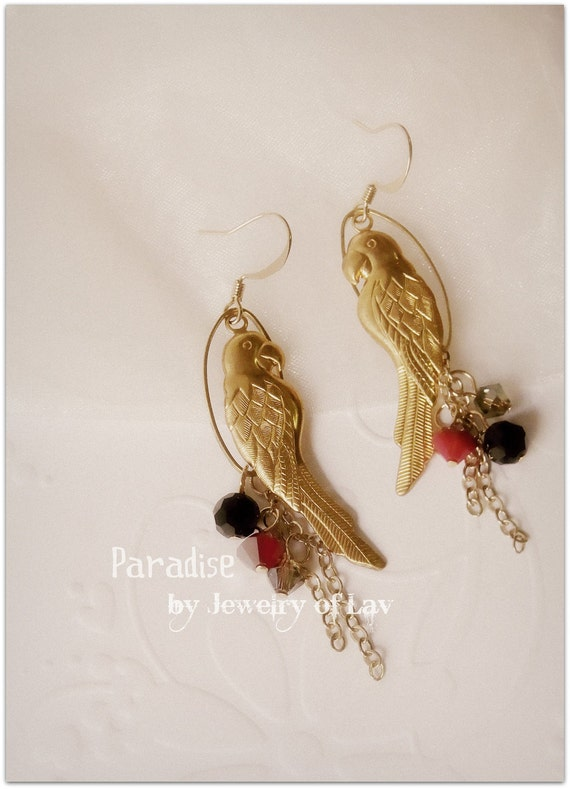 Paradise Earring made with parrot charms, swarovski crystals, gold-plated ear hooks etc.