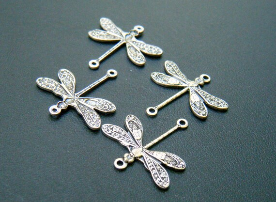 10 Silver Dragonfly Connectors AA69