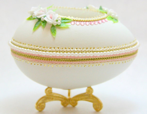 Graceful Rings N' Things Faberge Style Decorated Egg