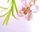 Lova Necklace
