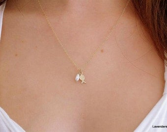 Gold Fish  Necklace , gold fill Textured charm , Gold Fish , Pearl Necklace , Modern Minimalist , Everyday Jewelry