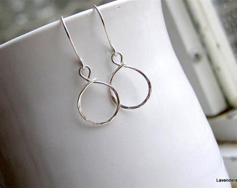 Hammered Circle Earrings , Small Circle Hoop Earrings in Sterling Silver , Silver  Earrings , Dangle ,  Everyday Jewelry