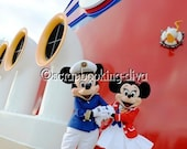 Disney Cruise Photos on CD, perfect for scrapbooking, paper piecing or paper crafting