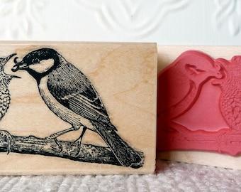 Robin bird feeding baby bird rubber stamp from oldislandstamps